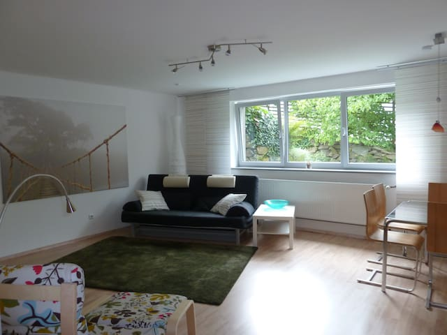 Modern and quiet two room apartment in Roßdorf