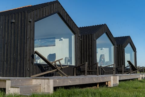 Cozy Modern Micro-House by the Curonian Lagoon - 1