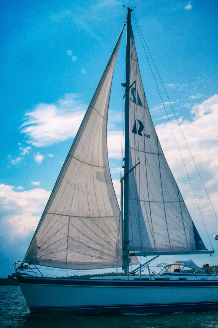 42' Sloop Mistress