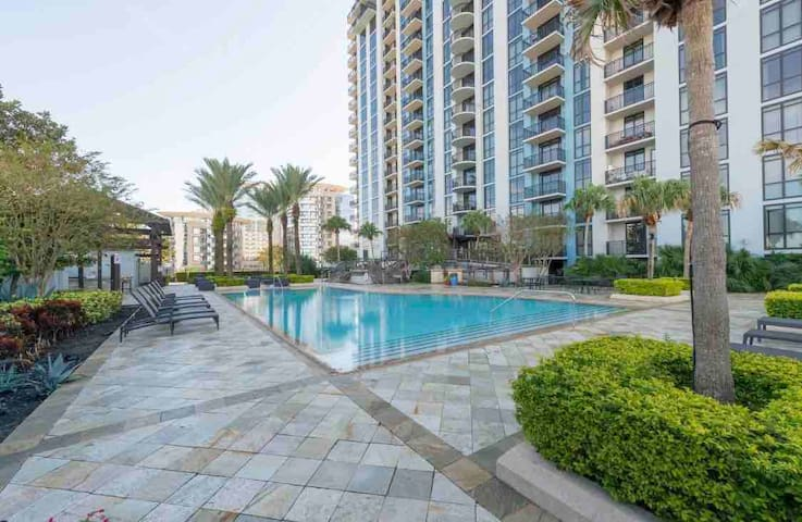 ❤️ Comfy 2b/2b highrise - Downtown Orlando