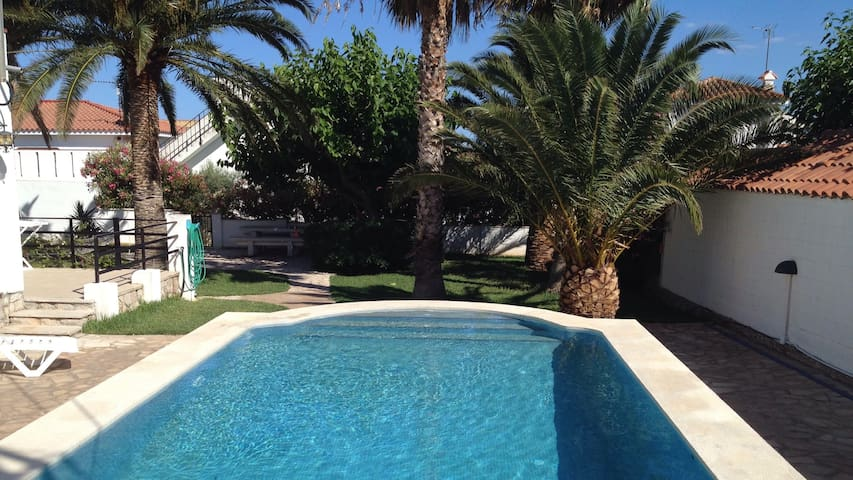 Villa 6 pers. private pool. BBQ - Sant Carles de la Ràpita - Villa