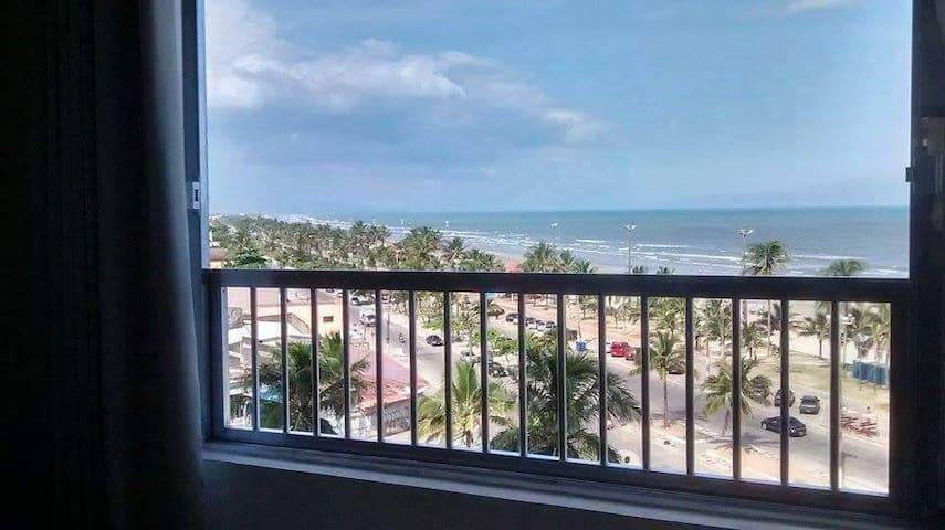 Apartamento em frente a Praia de Peruibe - Peruíbe - Byt