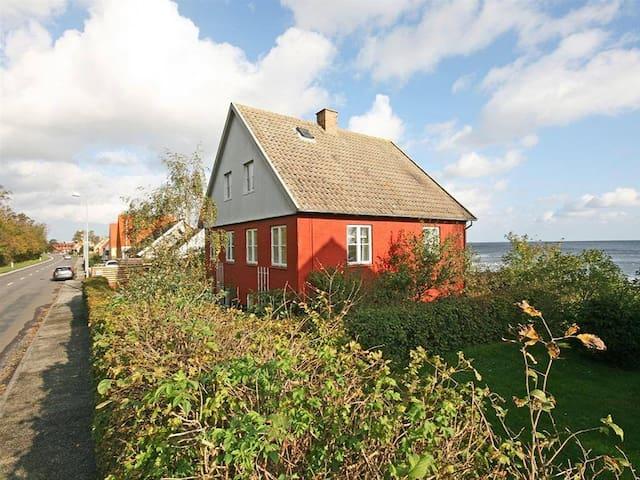 Idyllisk beliggende hjem i Nexø (Bornholm)