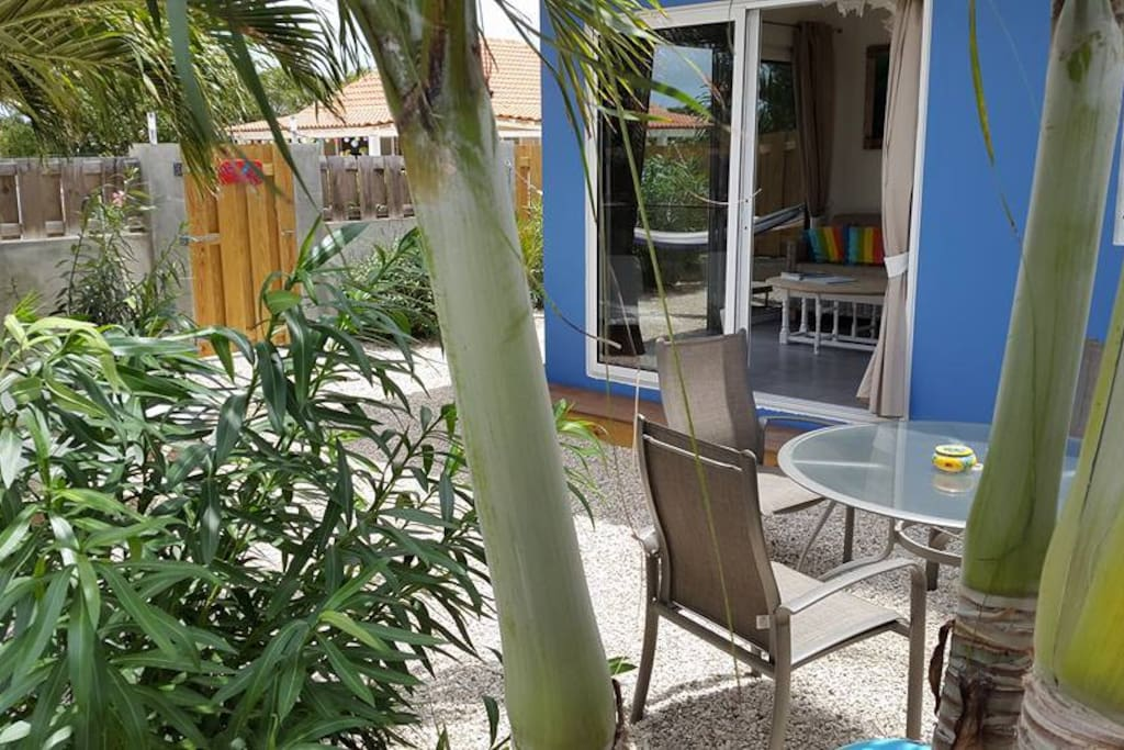 Ingang appartement Kas Dolphin Bonaire