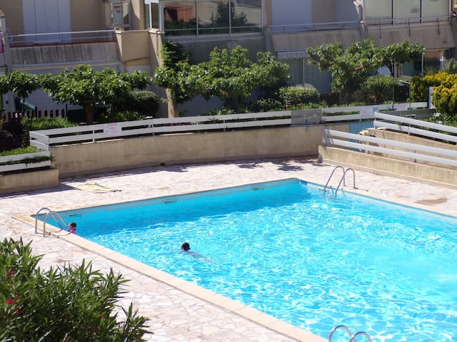 Appartement F2  Piscine - la résidence Le Jamaïqua