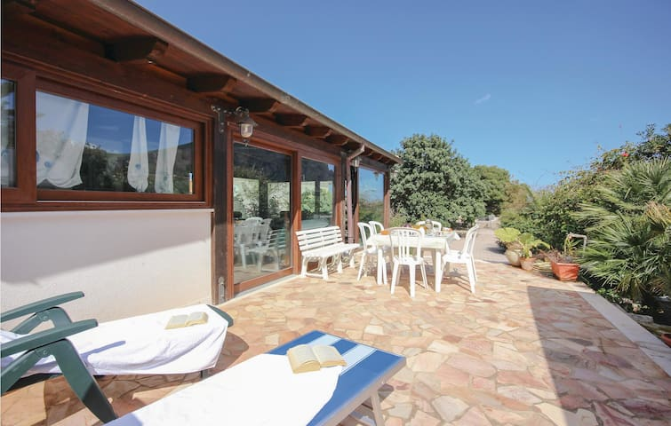 Holiday cottage with 3 bedrooms on 120m² in San Vito Lo Capo (TP)