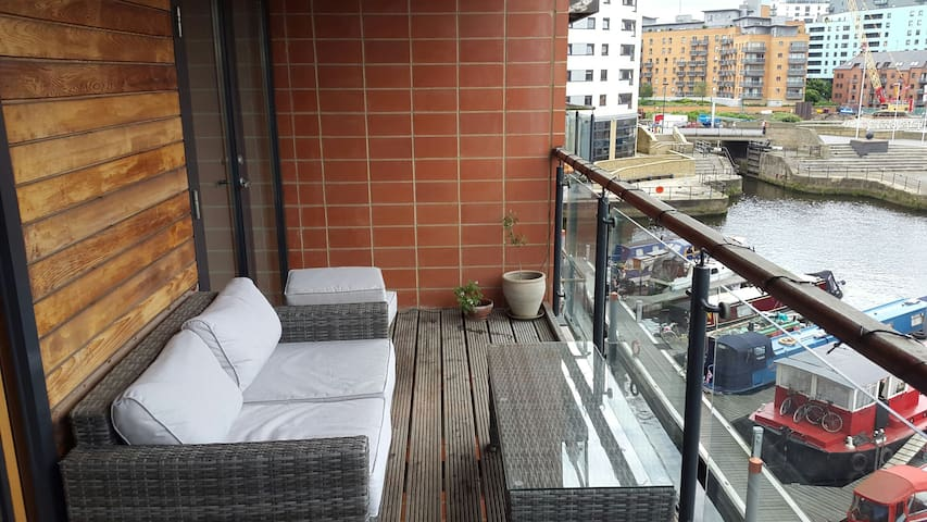City centre room with bathroom - Leeds Dock - Apartamento