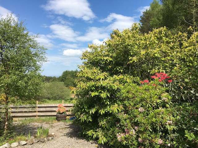 Beauly-twin room in countryside-good for touring - Beauly