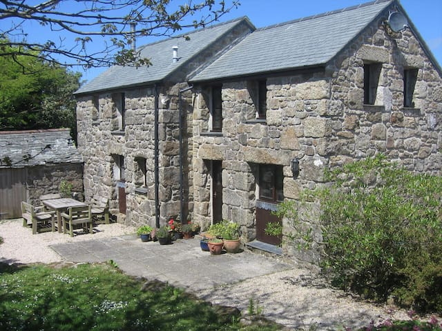 Secluded, rural, detached granite barn conversion - Sancreed - Altres