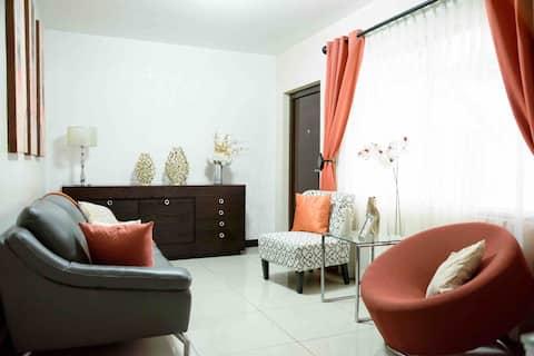 Casa Elegante y Confortable en la capital ,