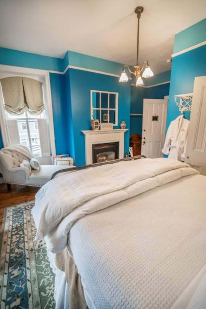 Munsun House... A Luxury VT B&B Woodstock Suite