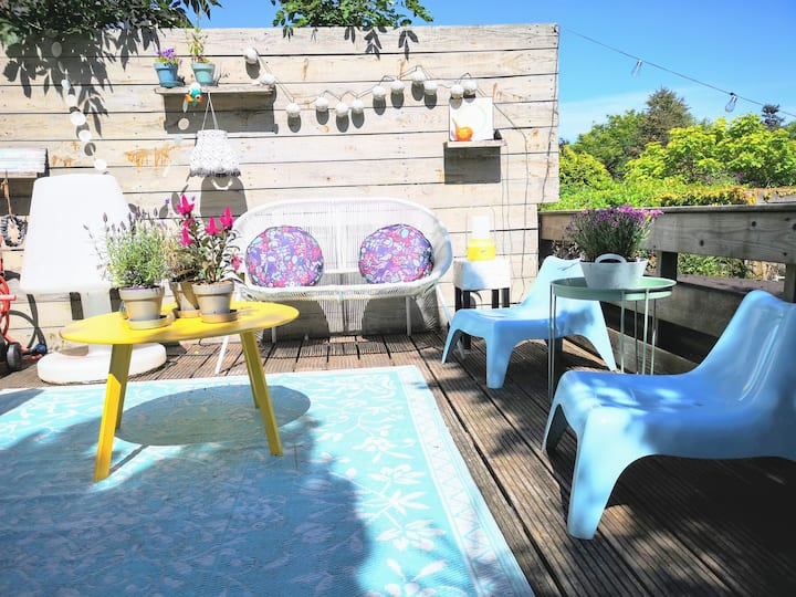 Nice family home with big and sunny garden!