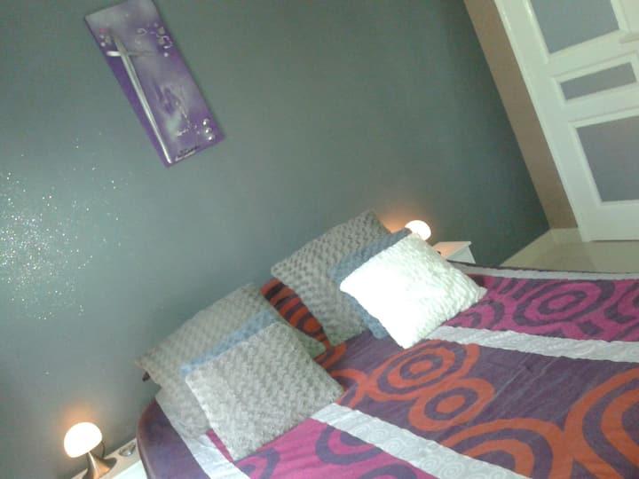 Belles Chambres très au calme , SDB  et WC privés