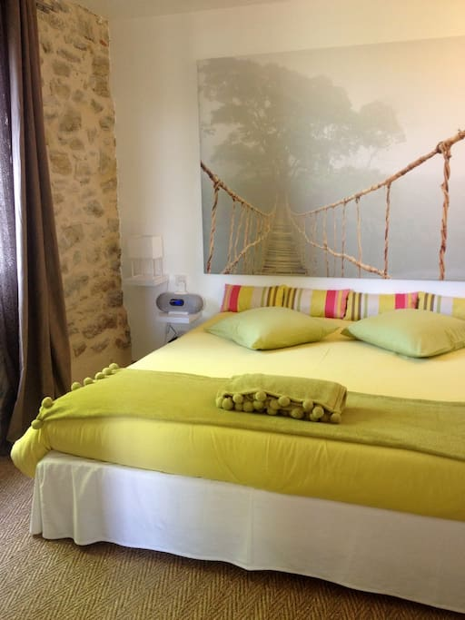 So arts chambre jade 3 personnes chambres d 39 h tes for Chambre 3 personnes