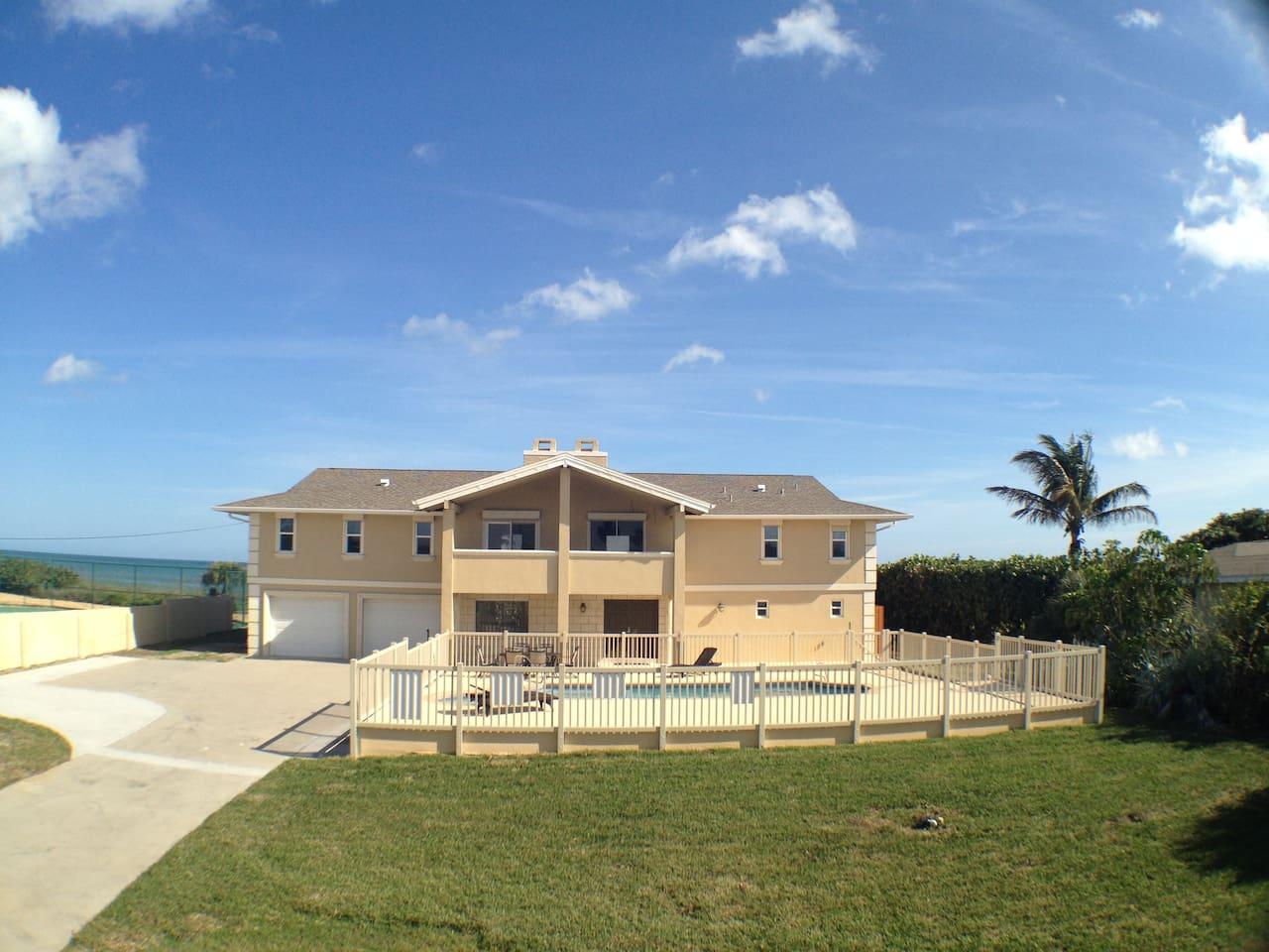 Golden Sands® Pearl - beachfront