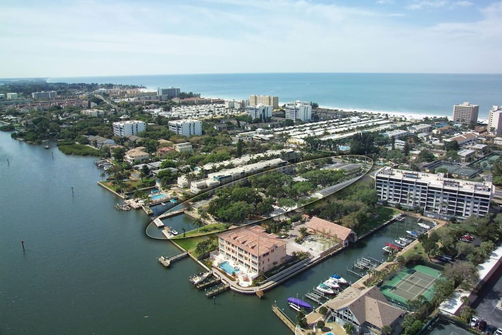 Location, Location, Location; keyed beach access to World Famous Siesta Key Beach