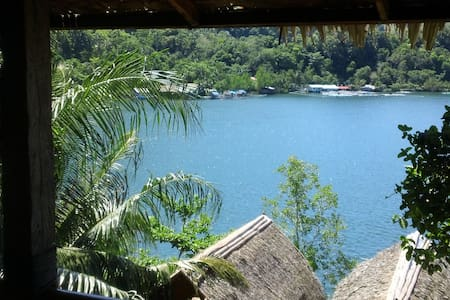 Air con room for 3 persons - Camiguin Island - Appartement