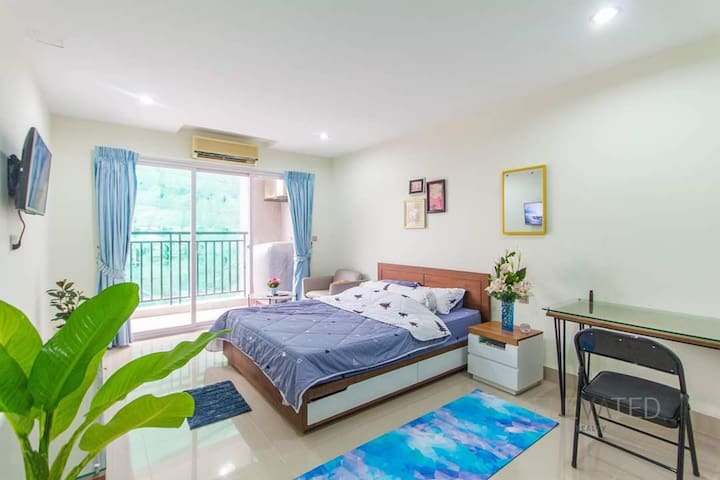 Private condo near TK Avenue (-40% monthly price)