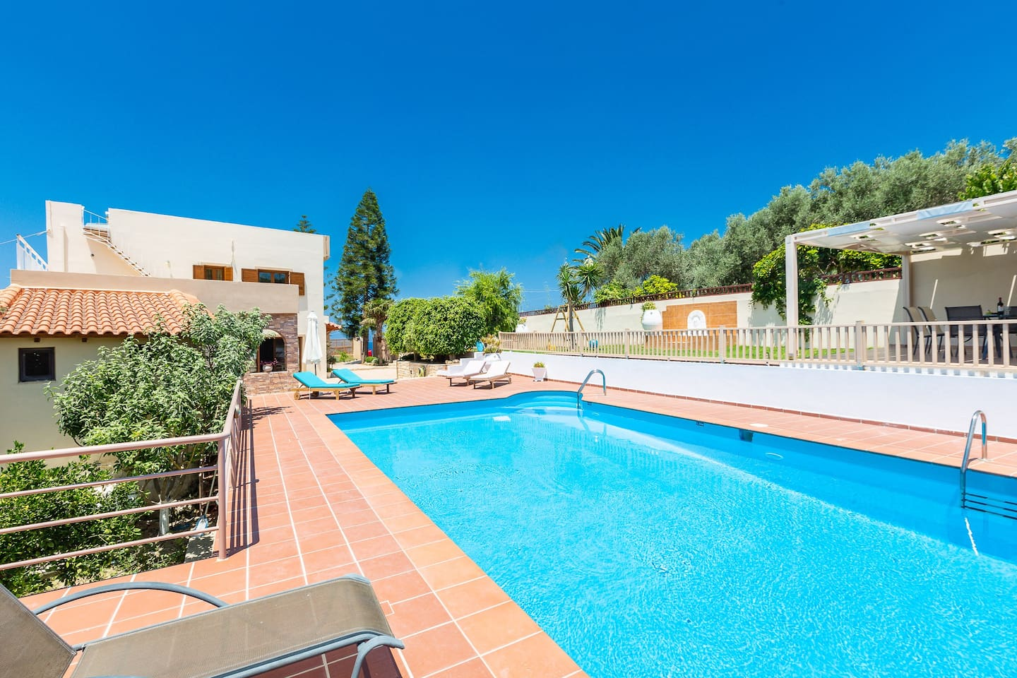 Sit by the pool and enjoy the Greek sun and feel the light cool breeze from the Cretan sea!