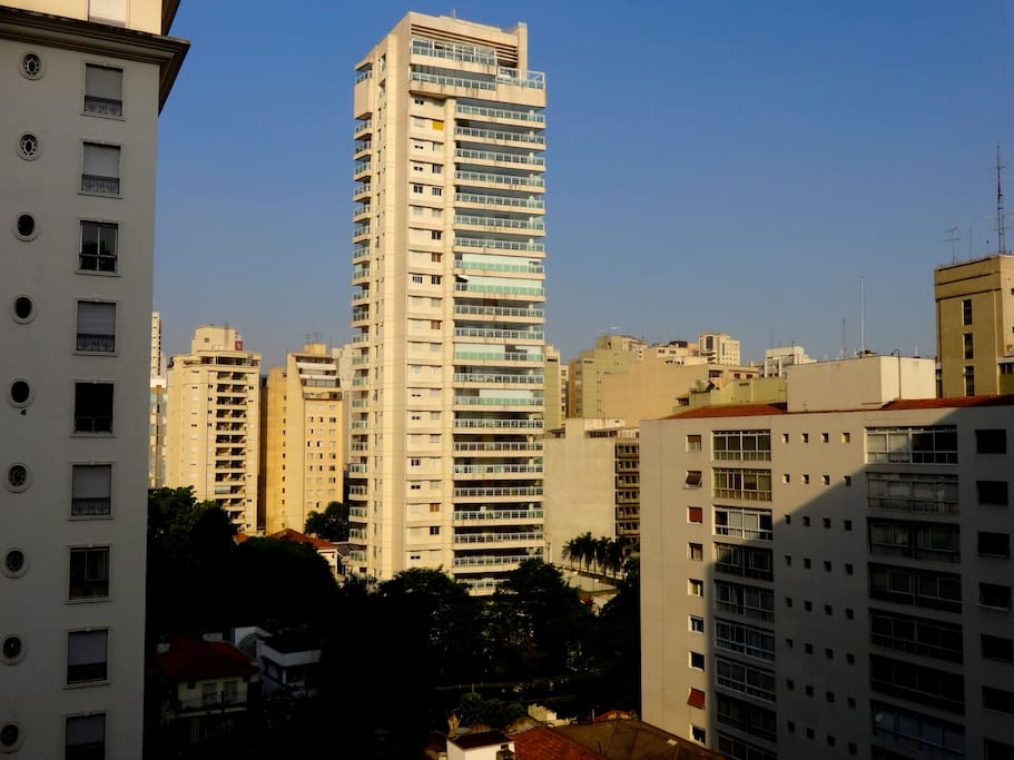 Quiet large own bathroom room in pinheiros appartamenti for Large apartment in san paolo