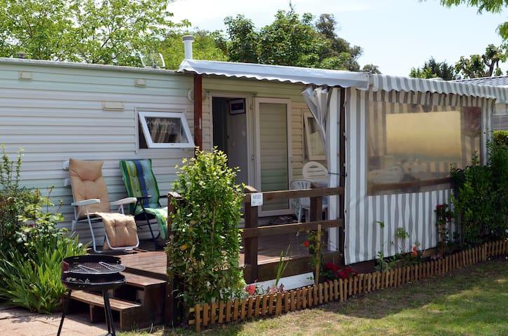 Mobile-Home à Saint-Palais-Sur-Mer - Saint-Palais-sur-Mer - Overig