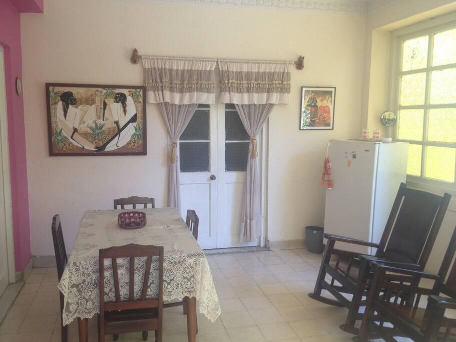 Sala comedor de la casa