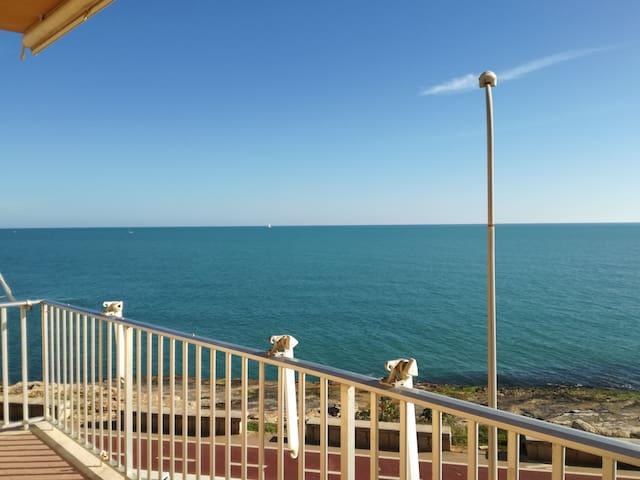 Sea View Apartment a soli 10m dal mare