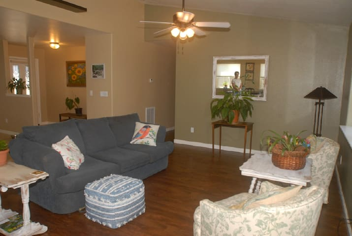 Master suite, near winery's, handicap accessible.
