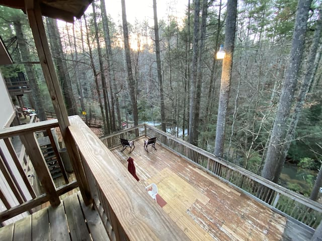 #7 Balcony Suite -Waterfall Access_Tallulah Gorge