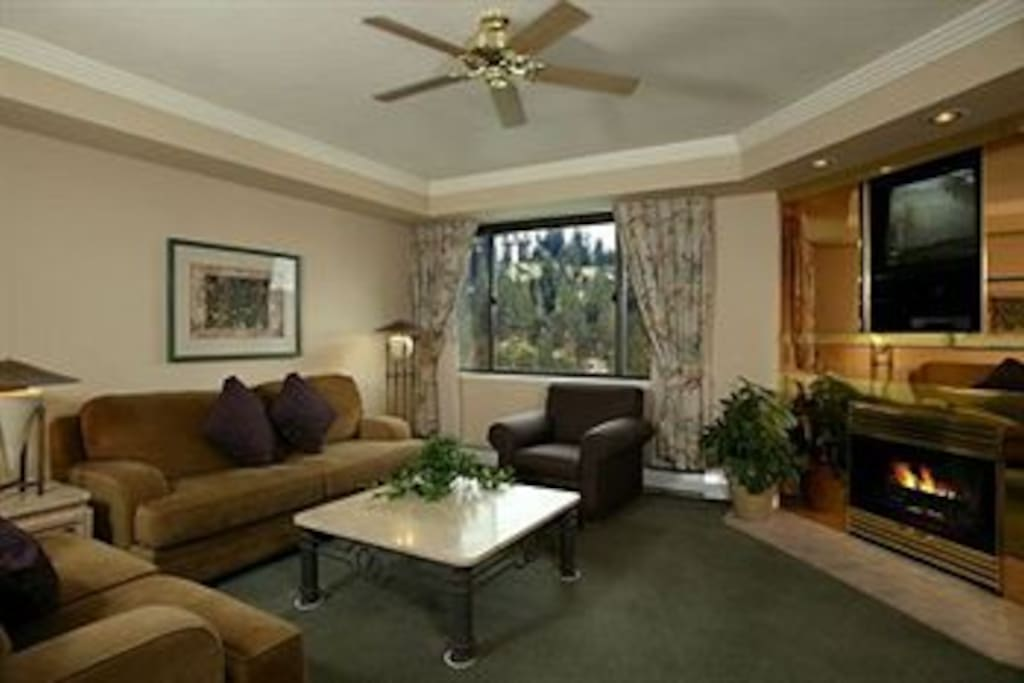 Lake Tahoe 2br At The Ridge Tahoe Serviced Apartments For Rent In Stateline Nevada United