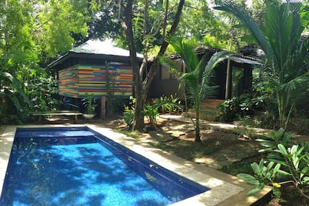 Casa Tranquila poolside bungalow - Tamarindo - Bungalow