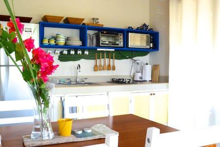 Casa Tranquila poolside bungalow - Tamarindo - Hus