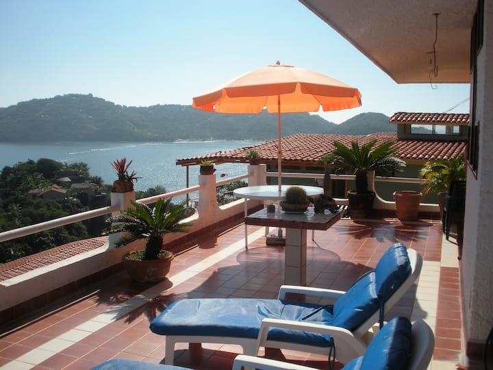 Breathtaking Villa in Zihuatanejo