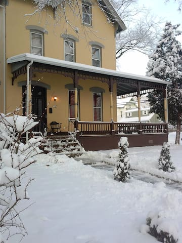 ELEGANT Victorian Suite DEAL - North Plainfield - Διαμέρισμα