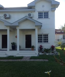 Two bedroom townhouse with private pool $