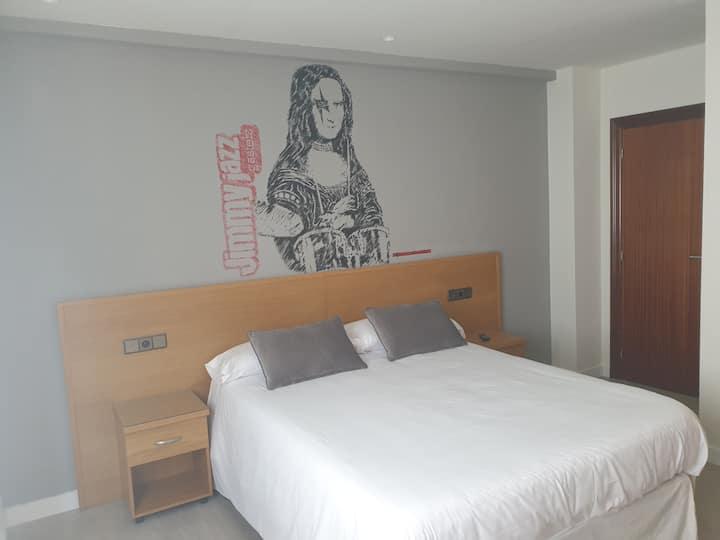 Habitación de matrimonio Hotel Arts-Gasteiz**
