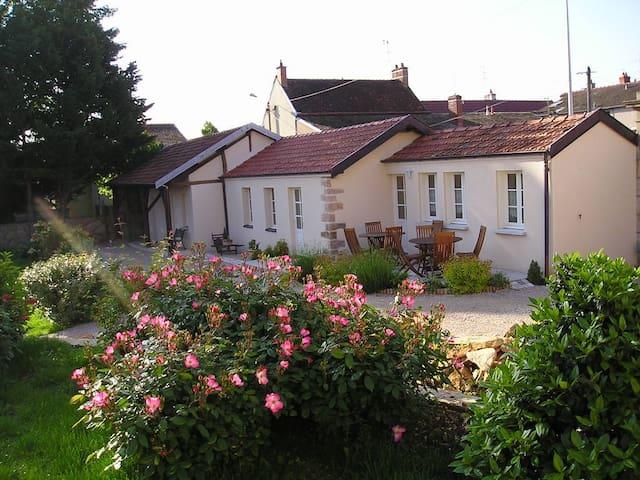 Chambres d'hôtes Au Bourg - Marsannay-la-Côte - Penzion (B&B)