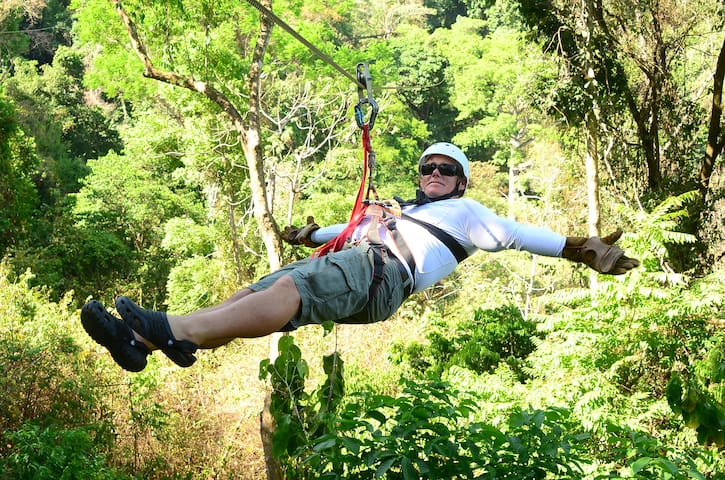Ziplining next Valley!!