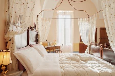 Borgoterra Dimore Storiche - Martano - Bed & Breakfast