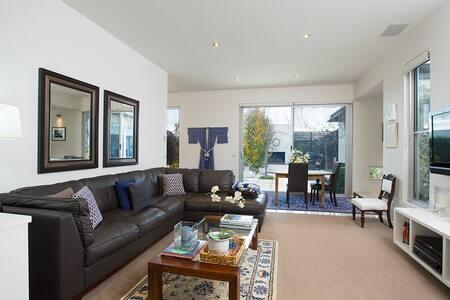Dunmore House 1BDR Suite Port Fairy
