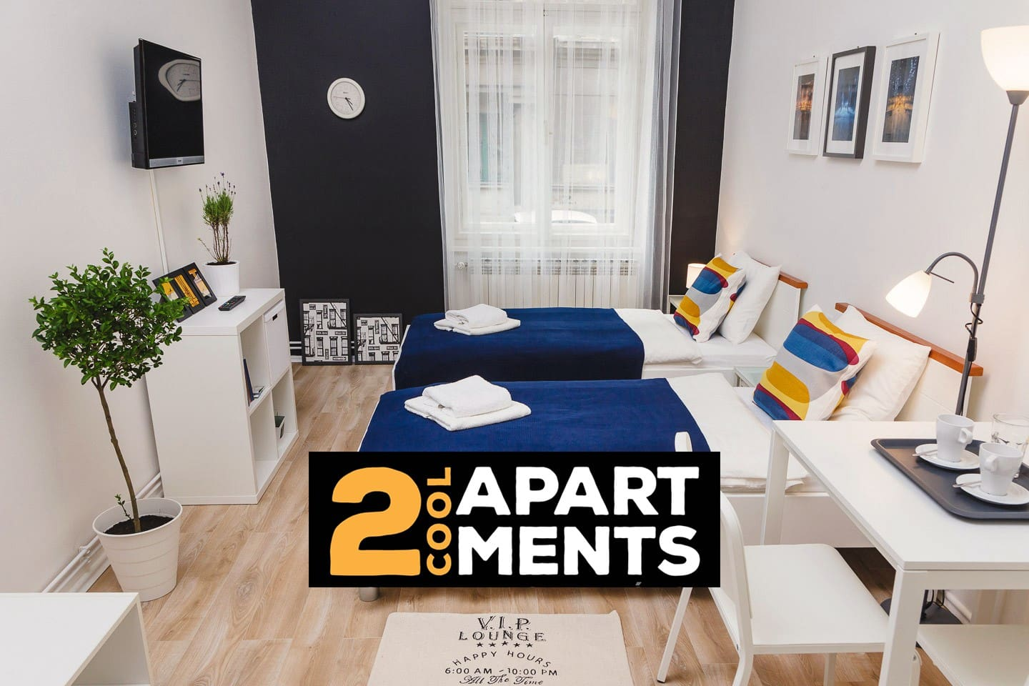 Studio apartment in Zagreb, city center, 1st floor, high ceilings, kitchen, bathroom, free parking at request