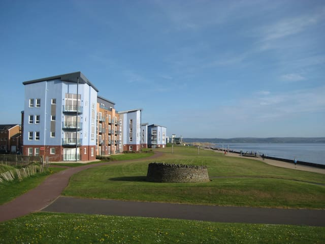 Gower View Penthouse - Llanelli - Appartamento