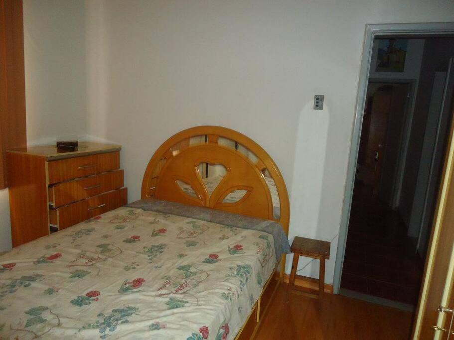 Quarto do Casal( o unico que possui cama de casal)