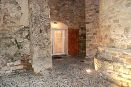 Apt Diano Castello, vicino al mare - Appartement