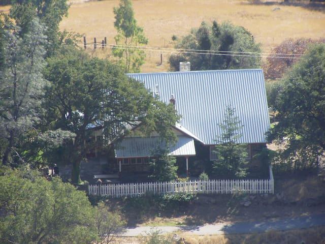 Yosemite/Bass Lake area rock house