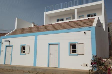 Kaza Tropikal guesthouse Room 1 - Vila do Porto Ingles - Bed & Breakfast
