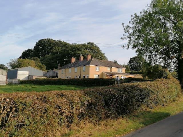 Mount Pleasant Farm
