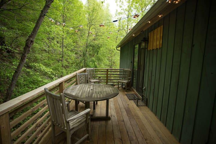 Garrison Woodland Retreat