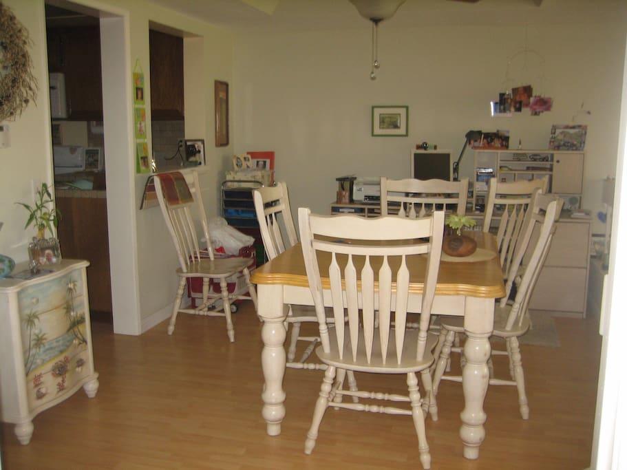 Diningroom and desk