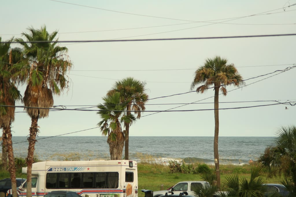 ocean view block from dwntwn apartments for rent in folly beach south carolina united states. Black Bedroom Furniture Sets. Home Design Ideas